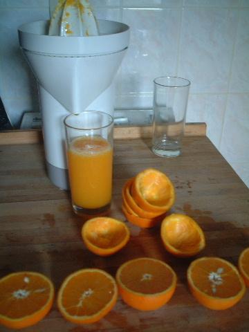 ■オレンジジュース orange pressée・・・_a0014299_192628.jpg
