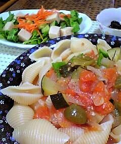 夏野菜のスープパスタ 8月16日の晩ご飯_a0004863_2251513.jpg