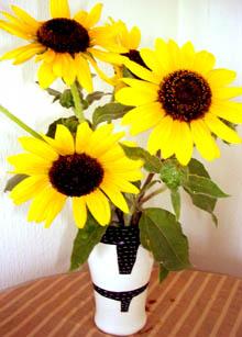市場の花たち。_a0026127_125543100.jpg