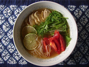 Favorite Breakfast: Thai Tom Yum Noodle_b0011913_8545071.jpg