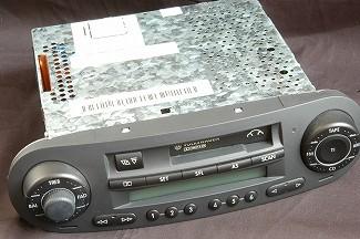 [MP3対応!]ようやく念願のCDプレーヤーへ換装。_a0009562_155830100.jpg