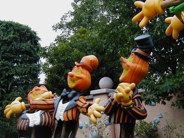 かぼちゃがごろごろ_b0009118_1934382.jpg