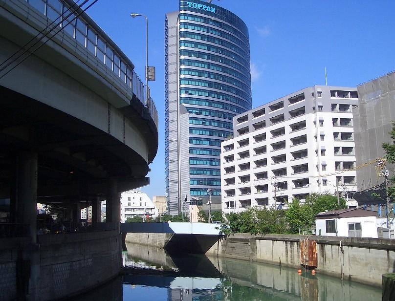 (東京よたよた歩き3)池袋へのお散歩_b0018885_1641285.jpg