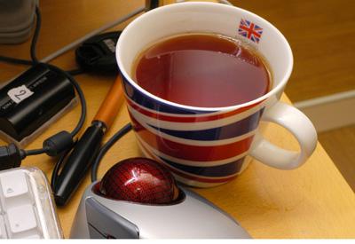 紅茶を飲みながら_a0003650_2248467.jpg
