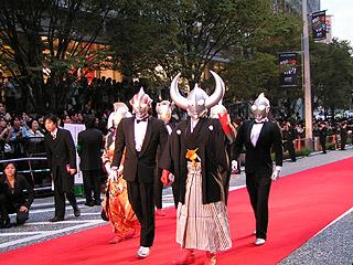 第17回東京国際映画祭レッドカーペット_a0028451_229383.jpg