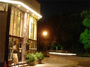 新宿御苑の夜_a0006744_15374546.jpg
