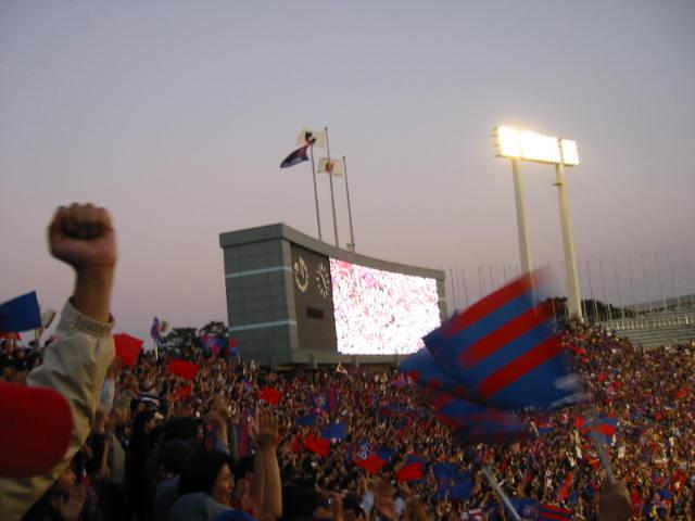 攻撃は最大の防御 FC東京Jリーグ初タイトル!_b0042308_21373165.jpg
