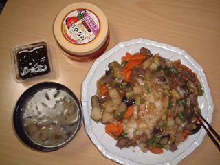【夕食】 肉野菜炒め、肉野菜炒め、肉野菜炒め…_b0000480_0142650.jpg