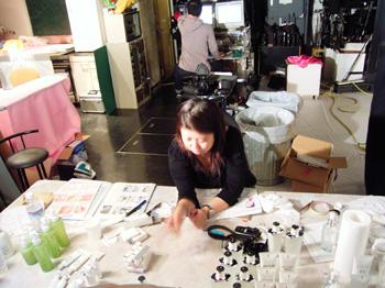 1月26日(月)化粧品撮影新しいクライアント、ヨーロッパの歴史あるメーカー化粧品の撮影です。_b0069507_18395679.jpg