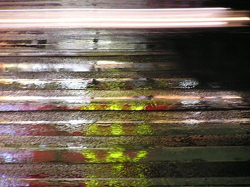 雨の横断歩道_a0022211_1656844.jpg