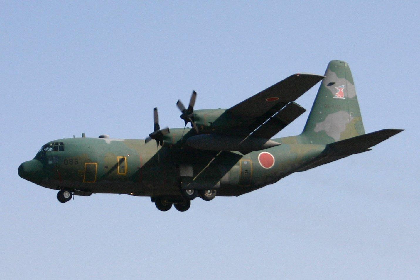 Elicottero C130 : C 輸送機 日本交通写真館