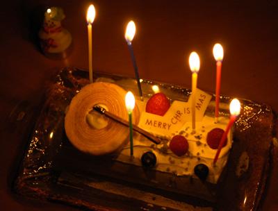 ユーハイムのクリスマスケーキ_a0003650_045023.jpg