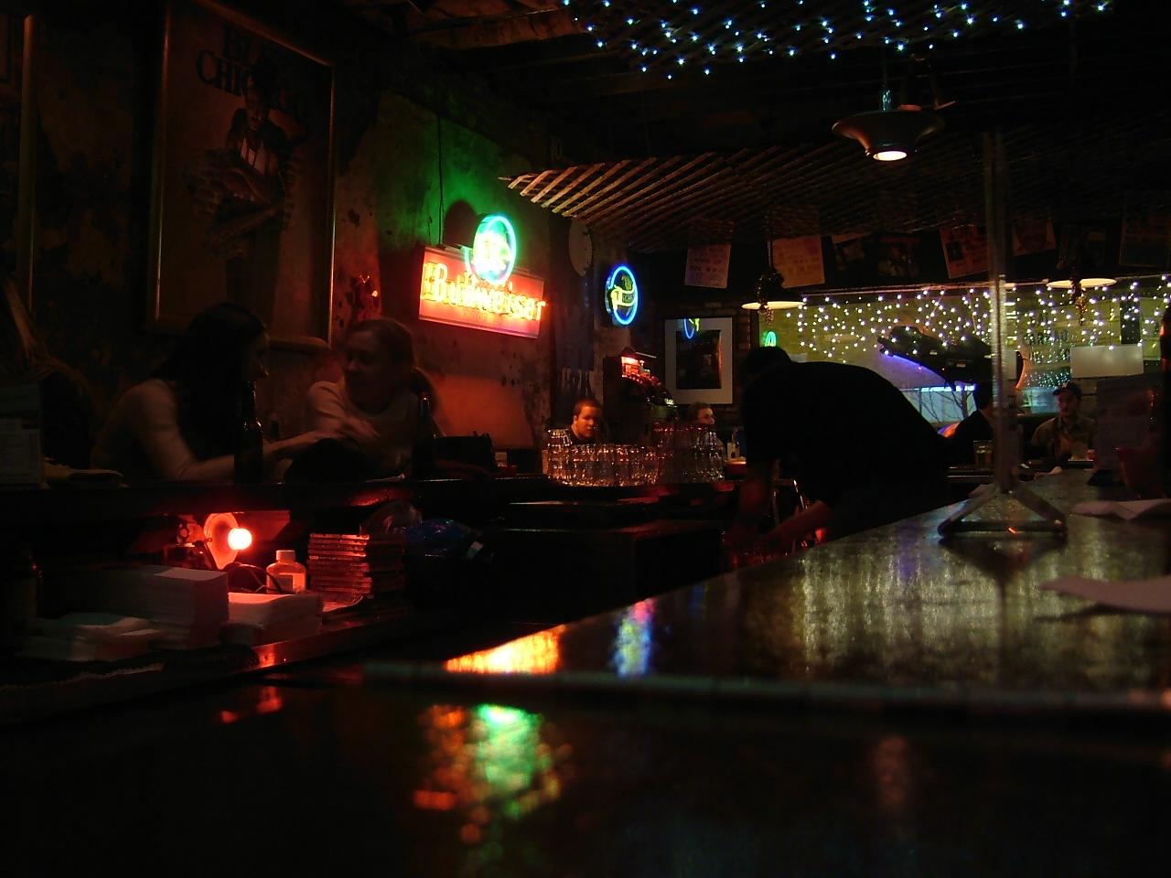 Chicago ~bars その1~_a0037562_1328123.jpg