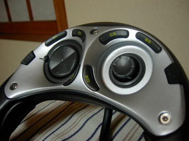 【レビュー】Saitek CyborgPad 3D USB_c0004568_20325035.jpg