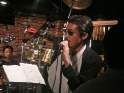 2004年忘年会ライブ!_a0010202_11551589.jpg