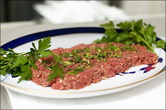 タルタル・ステーキを作る・その2(cozzie・2005.1.20.)_c0020129_223293.jpg