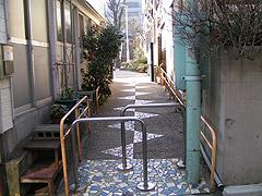 10年ぶりの象の滑り台2(神楽坂・あかぎ児童遊園)_a0028451_2275136.jpg