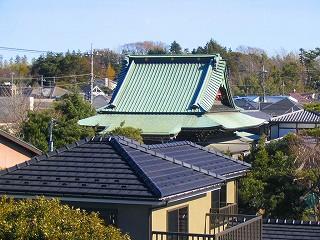 屋根からの風景_c0019551_0123100.jpg