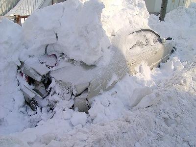 [雪まつり]だいぶ作業が進んできましたね。_a0009562_1123858.jpg