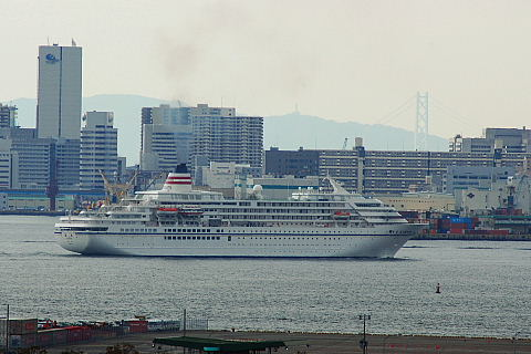 神戸港の客船入出港情報はこちらから見ることが出来ますが、今年から新しく「... 神戸港客船入出港