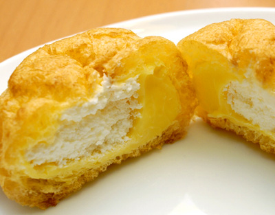 二つの味のシュークリーム_a0003650_22524418.jpg