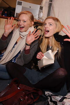 models on Backstage!from style.com_b0065721_041872.jpg