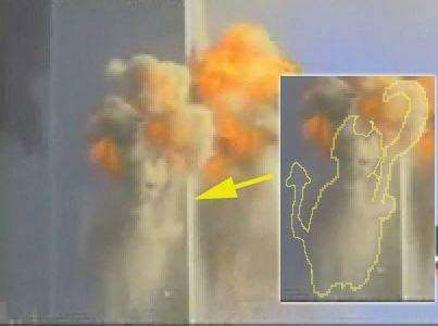 ★9.11同時多発テロ映像に悪魔がUFOが映ってる?(゚゚;)_a0028694_1533929.jpg