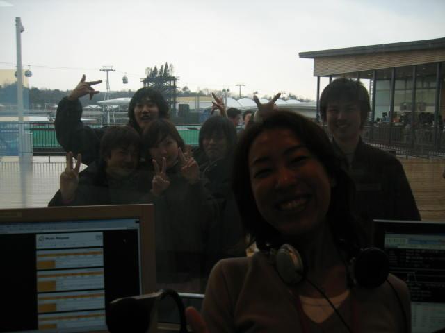 スタジオの前にいっぱい!!!!!_c0064514_11541979.jpg