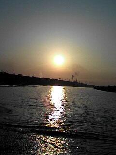 けさの日の出は5:00ジャスト_c0053520_6332652.jpg