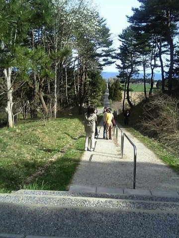 城岱(しろたい)高原を越えて、トラピスト修道院へ…そして_b0053765_22135676.jpg