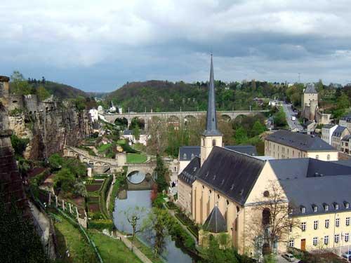 ルクセンブルク Luxembourg_b0050920_545848.jpg