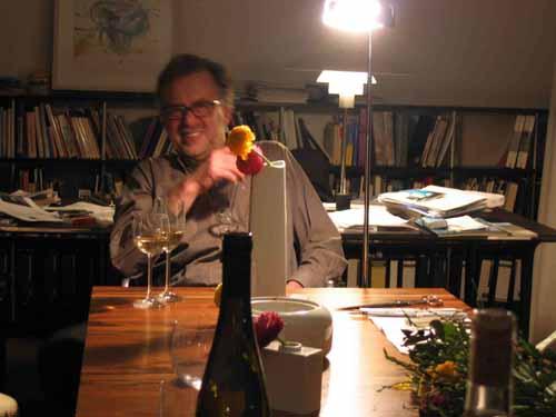 ケルンの知人宅で、花を生ける、酔っぱらった勢いで_d0027290_13184446.jpg
