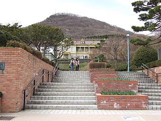旧函館区公会堂  函館・元町界隈散策(2) _b0053765_2213885.jpg