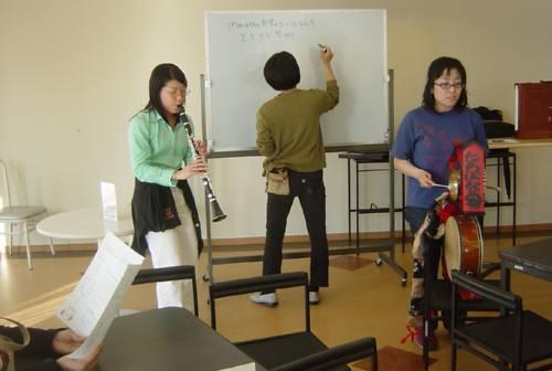「まちかど芸術」の説明会を 大学の生協カフェでしました_c0009815_21503890.jpg