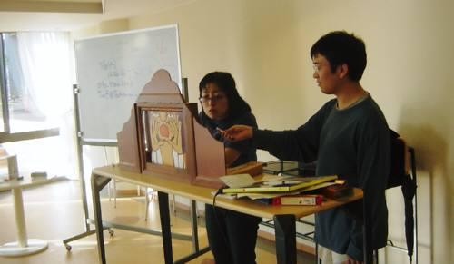 「まちかど芸術」の説明会を 大学の生協カフェでしました_c0009815_2151446.jpg