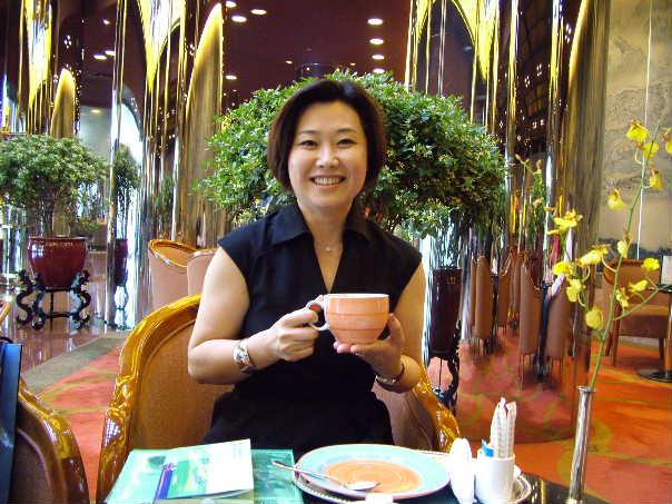 青木麗子からの提言(2) 留学生を財政的に支援する制度の整備を_d0027795_7481386.jpg