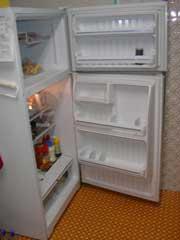 冷蔵庫のドアの開く向きの交換_b0054727_2312523.jpg