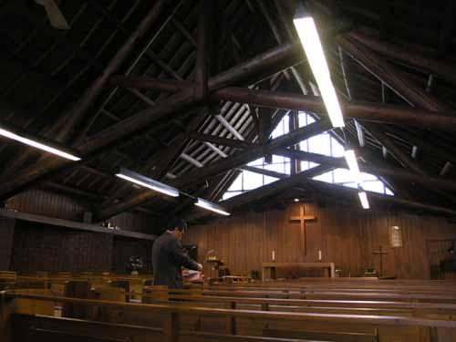 札幌聖ミカエル教会_d0027290_11243415.jpg