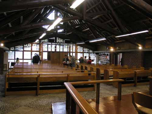 札幌聖ミカエル教会_d0027290_11245532.jpg