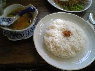 鎌倉のカフェにて_b0046388_2419100.jpg