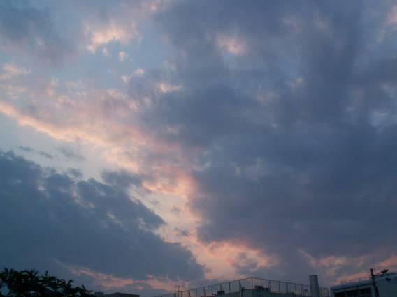 空模様_b0021375_18464241.jpg