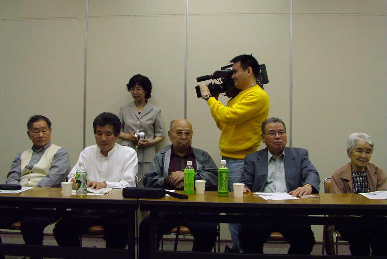 中国のテレビ局ニ社、「呼喚和平」特別番組取材チーム日本取材_d0027795_22373233.jpg