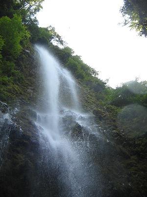 霧のシャワー・・・乙原の滝_c0001578_22335745.jpg
