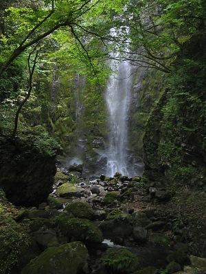霧のシャワー・・・乙原の滝_c0001578_22354047.jpg