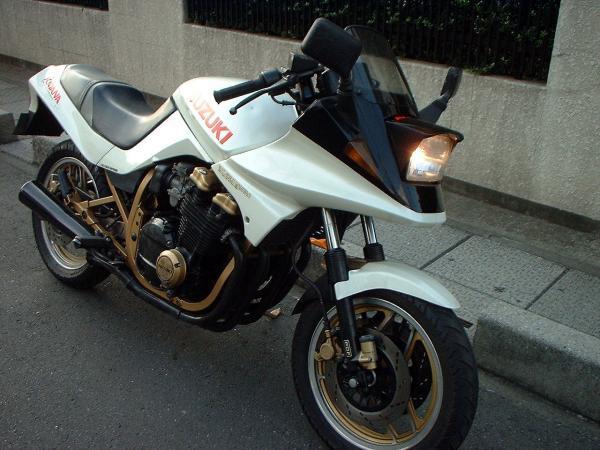 うちさぁ、バイクあんだけど…買ってかない?204©2ch.netfc2>1本 YouTube動画>8本 ->画像>230枚