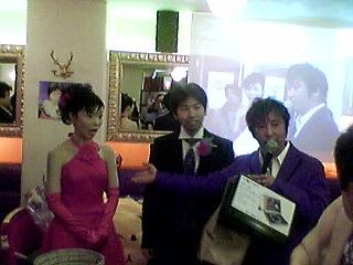 ちゃさんおめでとう! −ランデブーで結婚パーティー−_a0033733_932388.jpg