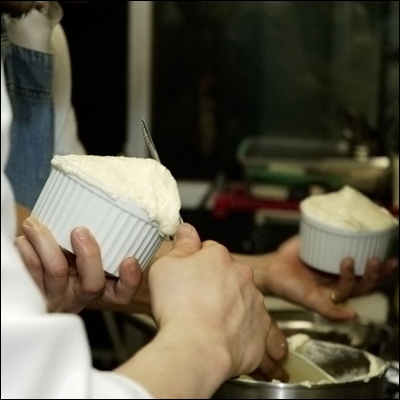 ★グランマニエのスフレ★ … 夢のデザート作りの実況_c0020129_15442593.jpg
