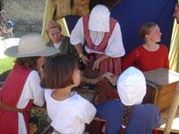 プロヴァンの中世祭 その2_c0024345_7271360.jpg