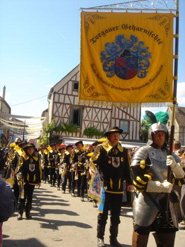 プロヴァンの中世祭 その2_c0024345_7281878.jpg