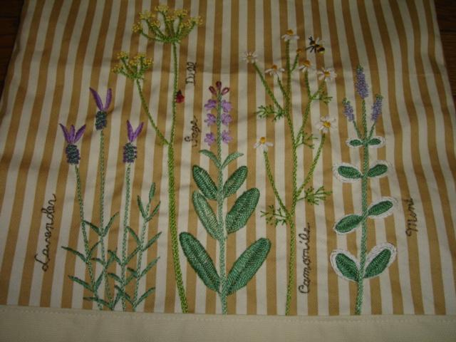 Herb  Garden柄の刺繍バッグ、ついに完成!_a0025572_1355063.jpg